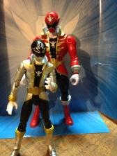 Armored Might Red Ranger vs SH Figuart Gokai Silver
